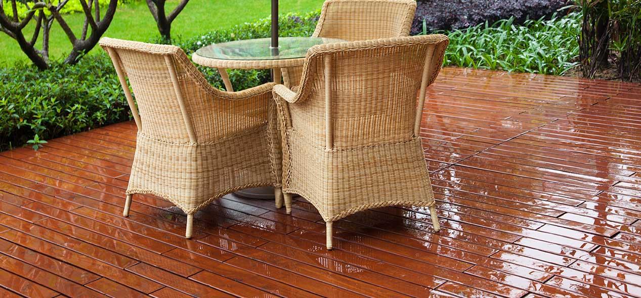 Terassi kuivaksi sateen jälkeen